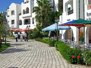 Book Instantly! 2 BR Apartment Sleeps 5, Port El Kantaoui