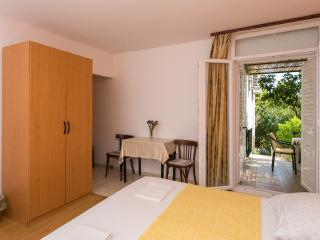 Apartments Djurkovic - Studio Apartment