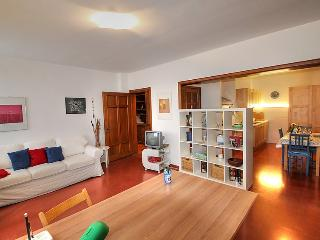 2 bedroom Apartment in Florence, Tuscany, Italy : ref 5055486