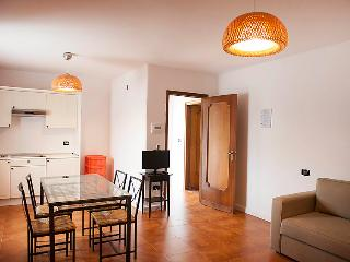 Licinella-Torre di Paestum Apartment Sleeps 6 with Pool and WiFi - 5056301