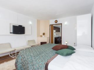 Apartments Djurkovic-Deluxe One Bedroom Apartment