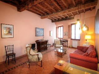 2 bedroom Apartment in Florence, Tuscany, Italy : ref 5058262