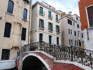 Campo Fava 2 #9339, Veneza