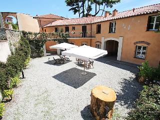1 bedroom Apartment in Sestri Levante, Liguria, Italy : ref 5060372