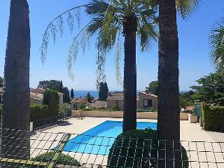 1 bedroom Apartment in La Ciotat, Provence-Alpes-Cote d'Azur, France : ref 50277