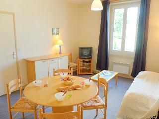 2 bedroom Apartment in Dinard, Brittany, France : ref 5046701