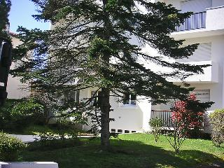 2 bedroom Apartment in Royan, Nouvelle-Aquitaine, France : ref 5046808