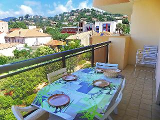 1 bedroom Apartment in Le Lavandou, Provence-Alpes-Côte d'Azur, France : ref 505