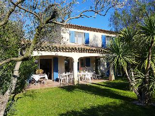 3 bedroom Villa in Les Issambres, Cote d'Azur, France : ref 2012779