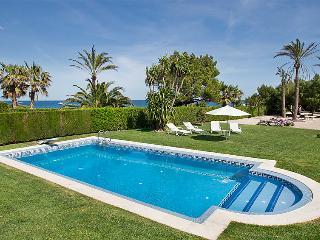 4 bedroom Villa in L Ametlla De Mar, Costa Daurada, Spain : ref 2027952