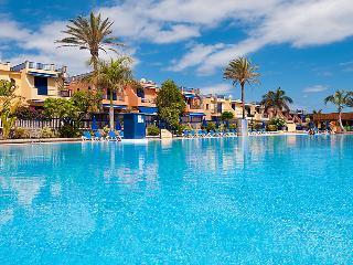 2 bedroom Villa in Maspalomas, Gran Canaria, Canary Islands : ref 2216955, Costa Meloneras