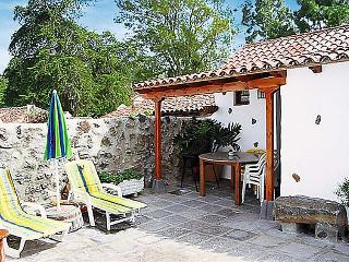 2 bedroom Villa in Icod de los Vinos, Canary Islands, Spain : ref 5060665