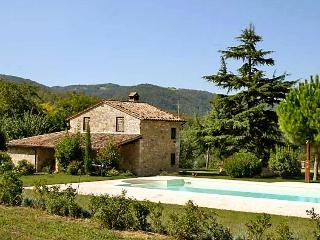 4 bedroom Villa in Todi, Umbria, Italy : ref 2014283, Acqualoreto