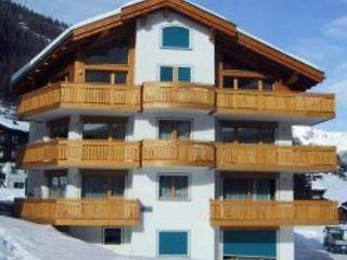 2 bedroom Apartment in Saas Fee, Valais, Switzerland : ref 2295204, Saas-Fee