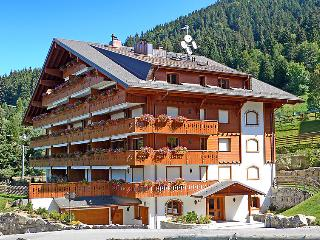 2 bedroom Apartment in Villars, Alpes Vaudoises, Switzerland : ref 2296414, Villars-sur-Ollon