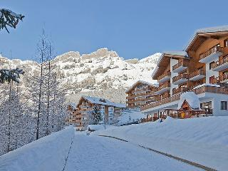 2 bedroom Apartment in Leukerbad, Valais, Switzerland : ref 5031759