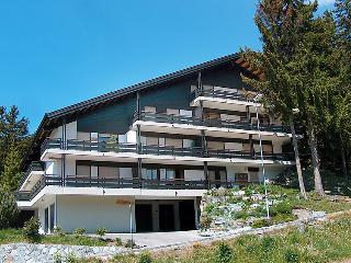 4 bedroom Apartment in Crans Montana, Valais, Switzerland : ref 2297586, Crans-Montana