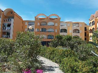 1 bedroom Apartment in Gruissan, Occitania, France : ref 5050478