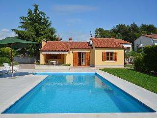 2 bedroom Villa in Porec, Istria, Croatia : ref 2214204
