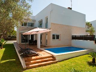 Villa Ferrera B