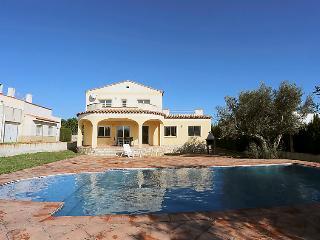 5 bedroom Villa in L'Ametlla de Mar, Costa Daurada, Spain : ref 2016449