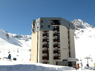 2 bedroom Apartment in Tignes, Auvergne-Rhone-Alpes, France : ref 5050864