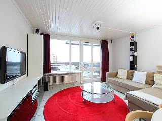2 bedroom Apartment in Tignes, Auvergne-Rhone-Alpes, France : ref 5050928