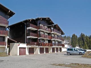 1 bedroom Apartment in La Clusaz, Auvergne-Rhône-Alpes, France : ref 5051207