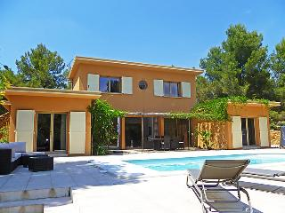 3 bedroom Villa in La Ciotat, Cote d'Azur, France : ref 2097781