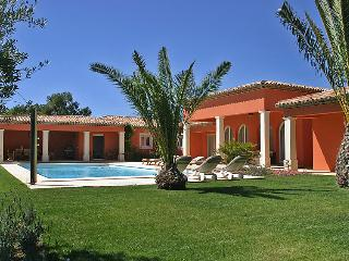 4 bedroom Villa in Grimaud, Cote d'Azur, France : ref 2024986