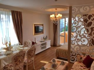 Luxury Cozy Studio (Apartments & SPA), Slantchev Briag (Sunny Beach)