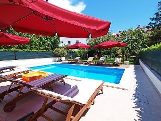 6 bedroom Villa in Pula, Istarska Županija, Croatia : ref 5052792
