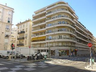 Le Square #3970, Niza