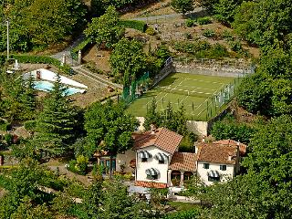6 bedroom Villa in San Momme, Tuscany, Italy : ref 5696978
