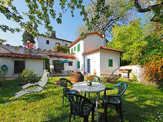 1 bedroom Apartment in Falciani, Tuscany, Italy : ref 5055573