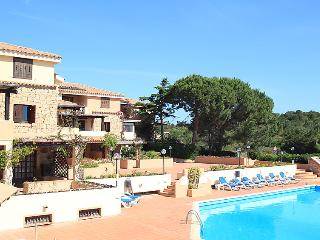 2 bedroom Apartment in Liscia di Vacca, Sardinia, Italy : ref 5056492