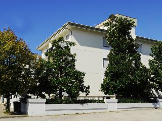 2 bedroom Apartment in Licinella-Torre di Paestum, Campania, Italy : ref 5061108