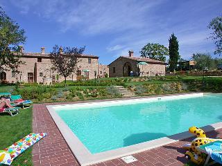 2 bedroom Villa in Montepulciano, Tuscany, Italy : ref 5055704