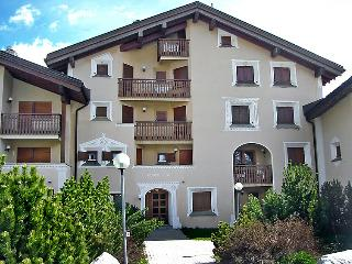 2 bedroom Apartment in Sils Maria, Engadine, Switzerland : ref 2298487, Sils im Engadin
