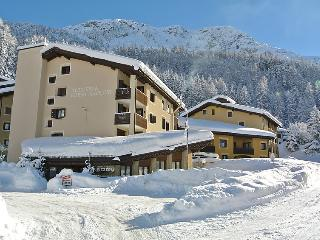 2 bedroom Apartment in Silvaplana Surlej, Engadine, Switzerland : ref 2298483