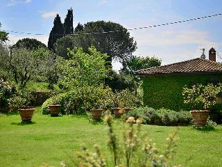 3 bedroom Villa in Reggello, Tuscany, Italy : ref 5055428