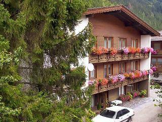 10 bedroom Villa in Mayrhofen, Zillertal, Austria : ref 2295079