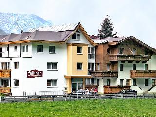 Falkner #5779, Längenfeld