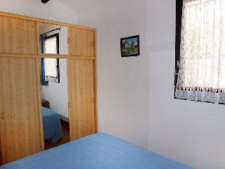 1 bedroom Villa with Air Con, WiFi and Walk to Beach & Shops - 5050288