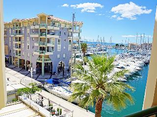 1 bedroom Apartment in Frejus, Provence-Alpes-Cote d'Azur, France : ref 5060281