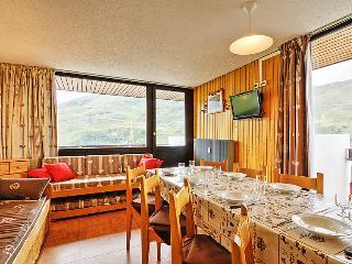 2 bedroom Apartment in Les Ménuires, Auvergne-Rhône-Alpes, France : ref 5051001