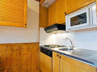 Levassaix Apartment Sleeps 6 with WiFi - 5051020