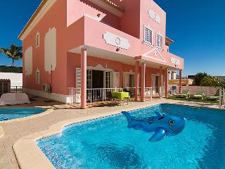 4 bedroom Villa in Albufeira, Algarve, Portugal : ref 2009086, Branqueira