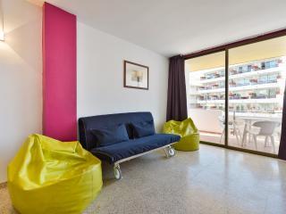 Cheap Apartment in Figueretas!, Ibiza