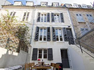 4 bedroom Villa in Trouville-sur-Mer, Normandy, France : ref 5046533